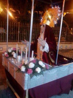 Concejal estupiprogre del PP se disfraza y burla de la Virgen.